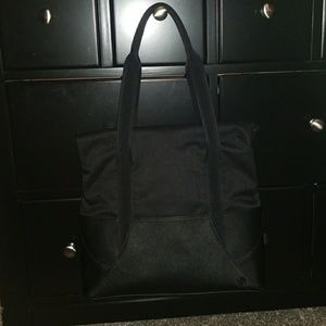 Throw & Go Tote - 12L
